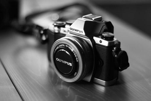 camera-541213__340
